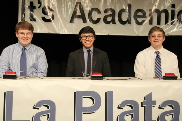 La Plata's winning It's Academic Team